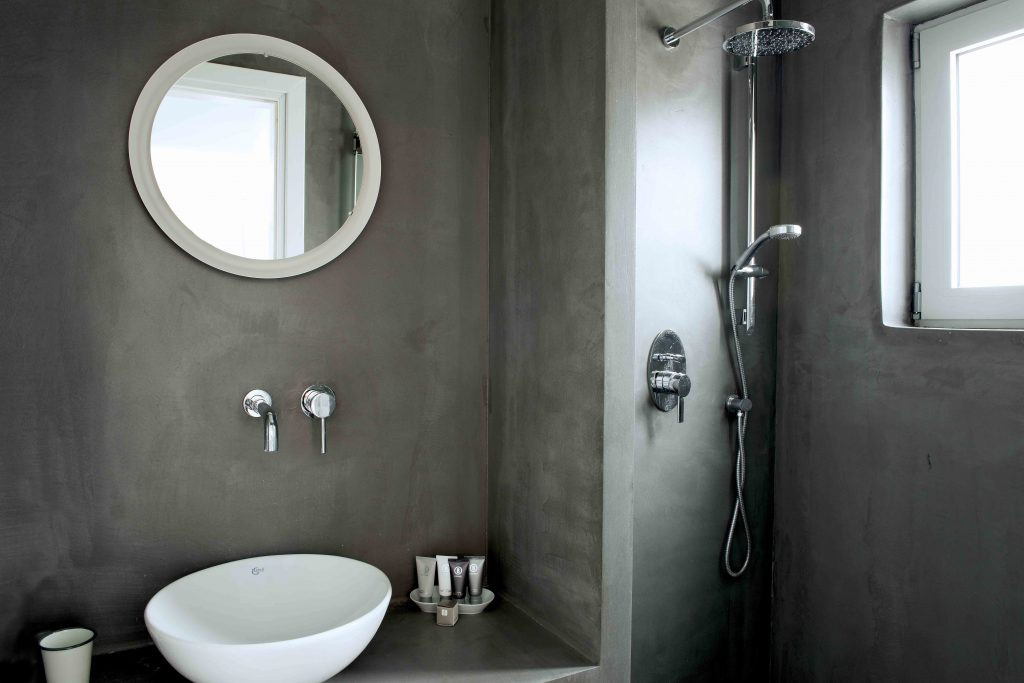 Galini Breeze studio bathroom
